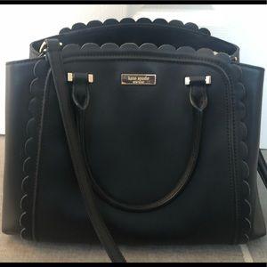 Kate Spade ♠️ Leather crossbody! Scalloped edges!